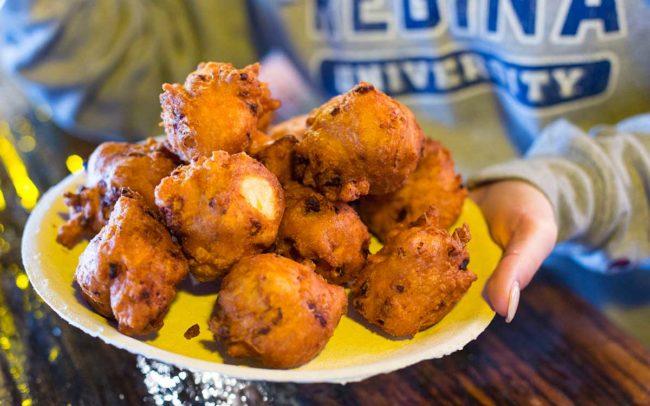 Flo's Clam Shack, seafood, restaurant, Rhode Island, seafood restaurant, clam cakes