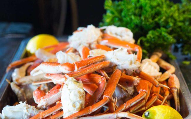 Flo's Clam Shack, seafood, restaurant, Rhode Island, crab, crab legs