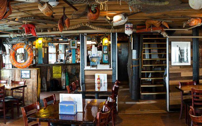Flo's Clam Shack, seafood, restaurant, Rhode Island, seafood restaurant, Flo's Clam Shack Interior
